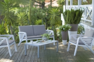 Outdoor furniture and decoration for a great garden atmosphere!