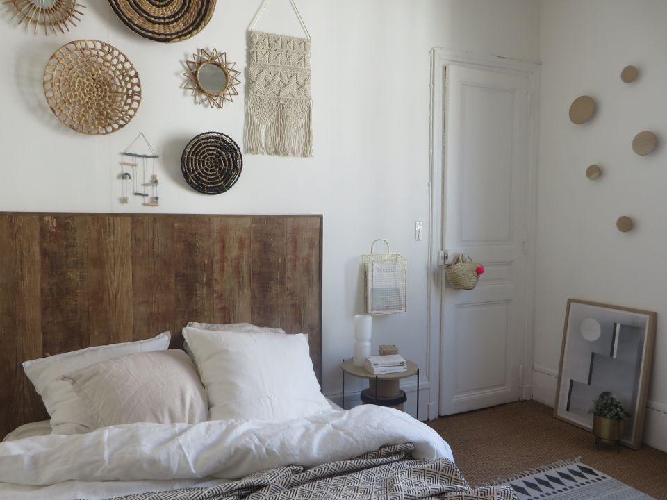 une t te de lit imagin e et cr e enti rement par joli place grosfillex. Black Bedroom Furniture Sets. Home Design Ideas